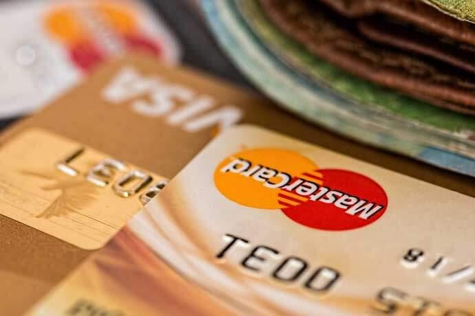 如果我要辦理機車借錢的業務,繳款時可用刷卡或是轉帳的方式嗎?