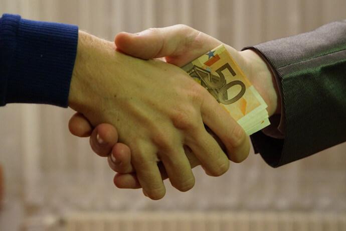 什麼是當舖代償?機車借錢做代償有什麼優點以及好處?