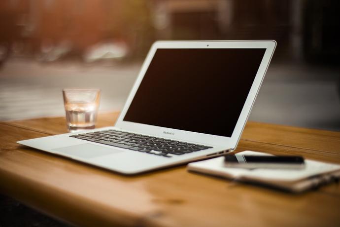 我有蘋果的3C產品可典當嗎?我有一台15吋的MACBOOK,可以短期周轉嗎
